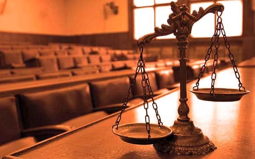 По суду работодатель должен был выплатить всю зарплату